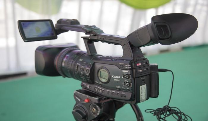 UNS: Policija da utvrdi ko je uznemiravao novinara N1