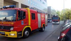 Banatski Karlovac: Vatrogasci ceo dan na terenu zbog požara u klanici