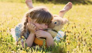 Plišane igračke veoma važne u razvoju dece