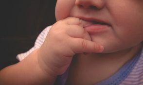 Zaštitite najmlađe, odviknite ih od dodirivanja lica rukama