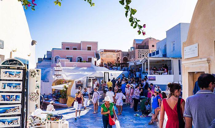 Američki turisti ponovo sve brojniji u Grčkoj, ponuda poskupljuje