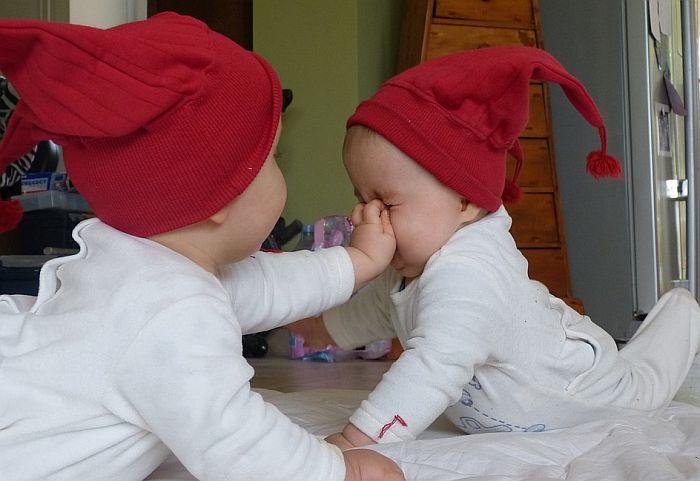 U Betaniji rođena dva para muških blizanaca