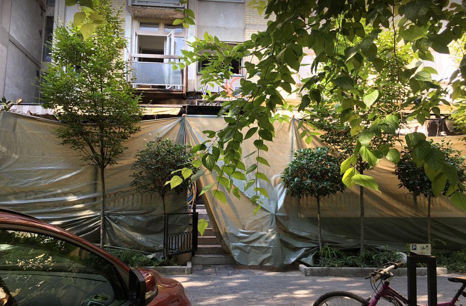 "FOTO: Goreo kafić ""Velvet"" na Grbavici, materijalna šteta znatna"