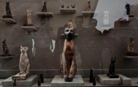 Pronađeno sedam grobnica s mumijama i statuama