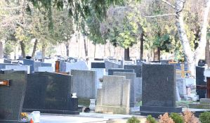 Više polazaka ka groblju zbog Zadušnica