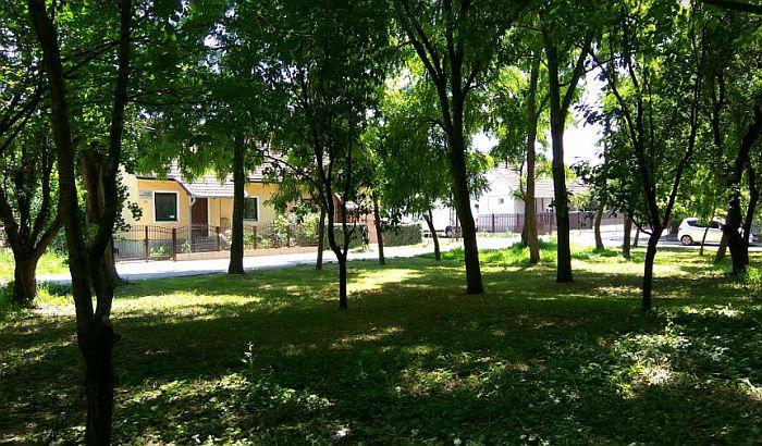 Građani protiv plana da se uništi zelenilo zarad izgradnje parkinga u kompleksu KCV