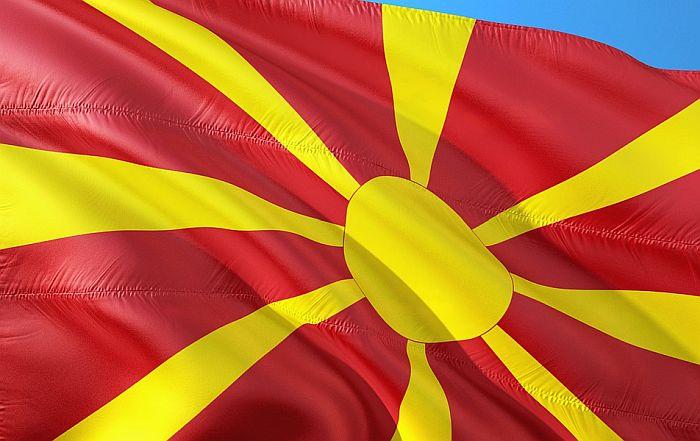 Makedonski poslanik podneo ostavku zbog snimka na kojem naručuje narkotik
