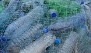 Uvodi se kaucija za plastične flaše, u planu zabrana jednokratne plastike