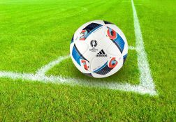 Igrači svih klubova Premijer lige će klečati pred početak mečeva