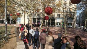 FOTO: Od zore čekali da bi kupili karte za Balaševićev koncert