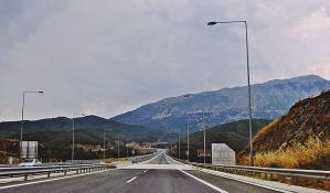 YUTA: Ograničenje broja ljudi u kolima u Grčkoj neće se odnositi na strance