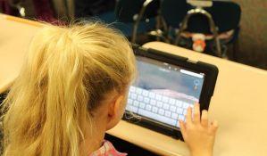 Pojedini pedijatri tvrde da mobilni telefoni i tableti nisu nužno loši po decu