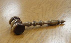 Potvrđena optužnica protiv direktora firme iz Sremskih Karlovaca
