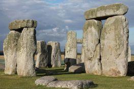 Stounhendž verovatno napravljen od kamenja sa starijeg spomenika u Velsu