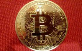 Nagli pad vrednosti bitkoina, gubitak za jedan dan 190 milijardi dolara