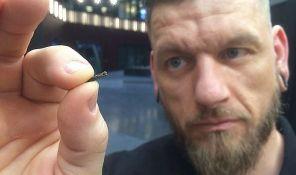 VIDEO: Sve više Šveđana u ruke ugrađuje mikročipove