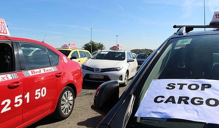 Protest taksista: Porezom protiv monopola