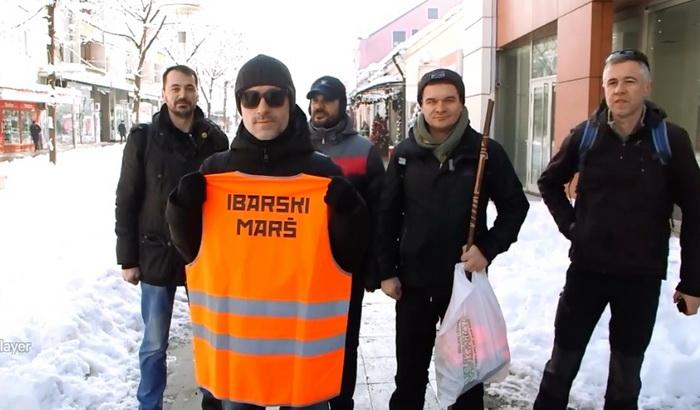 Desetak ljudi krenulo peške iz Kraljeva na skup godišnjice ubistva Olivera Ivanovića 16. januara u Beogradu