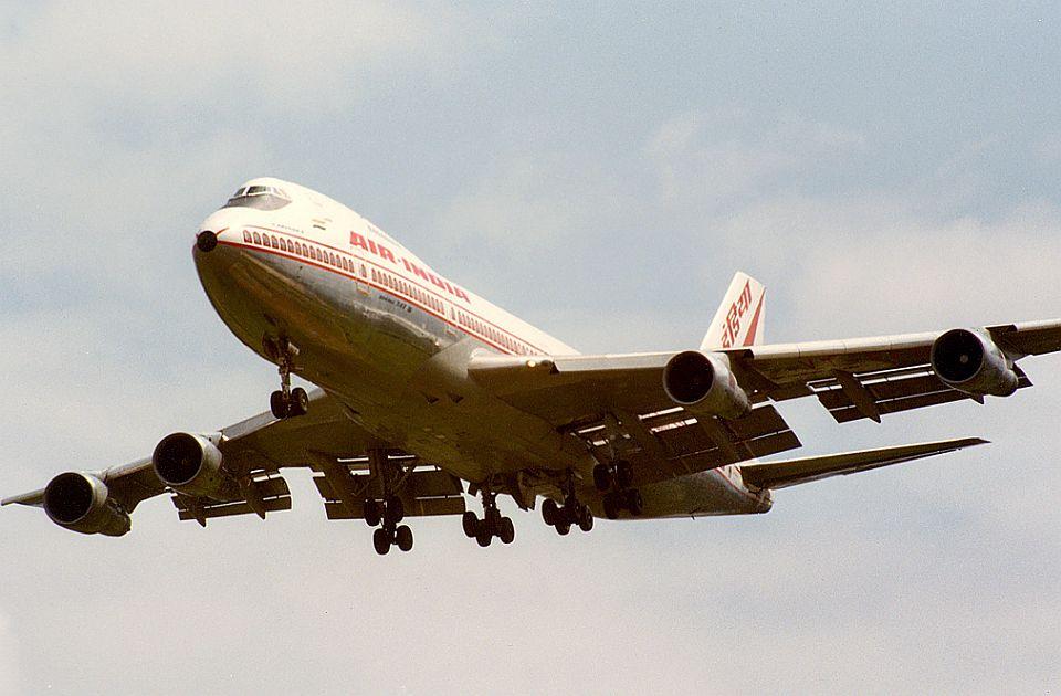 Beloruski avion vanredno sleteo u Moskvu, jedan od motora bio neispravan