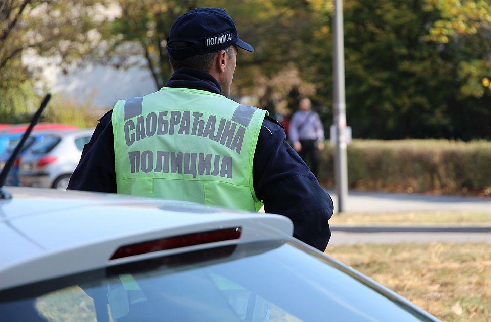 Tokom vikenda u Južnobačkom okrugu otkriveno 858 saobraćajnih prekršaja