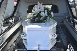 Žena se vratila kući devet dana nakon sopstvene sahrane