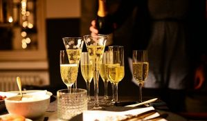 Prodaja šampanjca u svetu znatno opala zbog pandemije