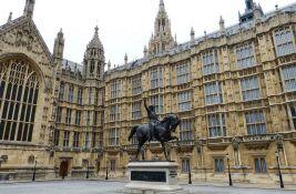 Britanska vlada razmatra policijsku zaštitu za poslanike