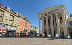 Subotica: Građani protiv svetlećih reklama u zaštićenom gradskom jezgru