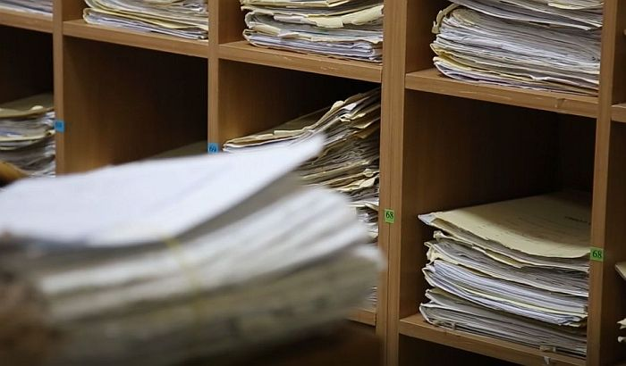 Sud poništio otkaz koji je dobila uzbunjivačica, opština odbija da je vrati na posao