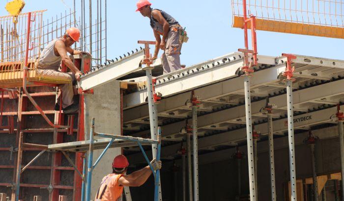 Opasnost od većih otpuštanja radnika na jesen, pojedini poslodavci zloupotrebljavaju državnu pomoć
