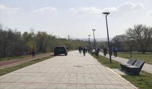 Kineski lekar: Država treba da uvede celodnevni policijski čas, građani i dalje neoprezni