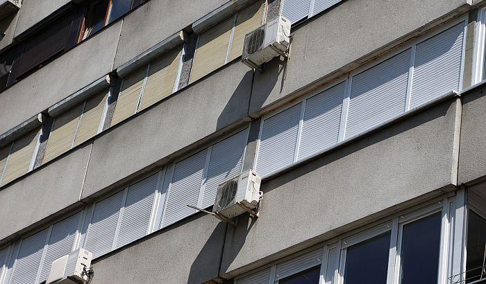 Subotica: Podela dezinfekcionog sredstva i za zgrade