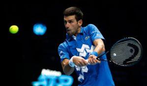 Đoković posle velike borbe poražen u polufinalu mastersa u Londonu