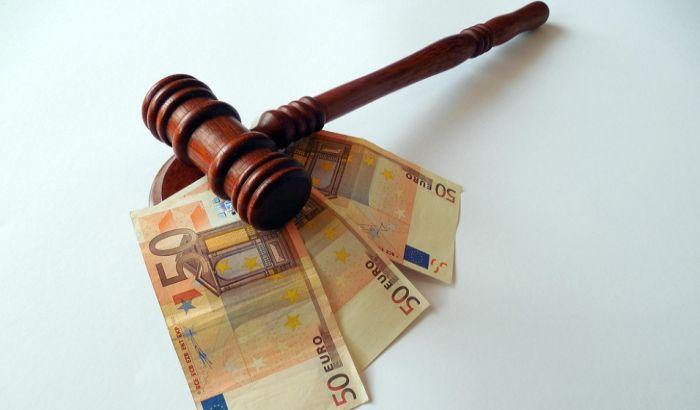 Izvršiteljka podnela krivične prijave protiv građana koji su došli na javnu aukciju