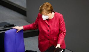 Angela Merkel primila vakcinu Astrazeneke