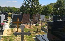 Novosađanki oteo torbu na gradskom groblju