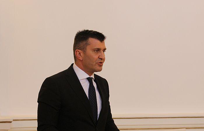Đorđević: Poslodavci će morati da osiguraju sve radnike