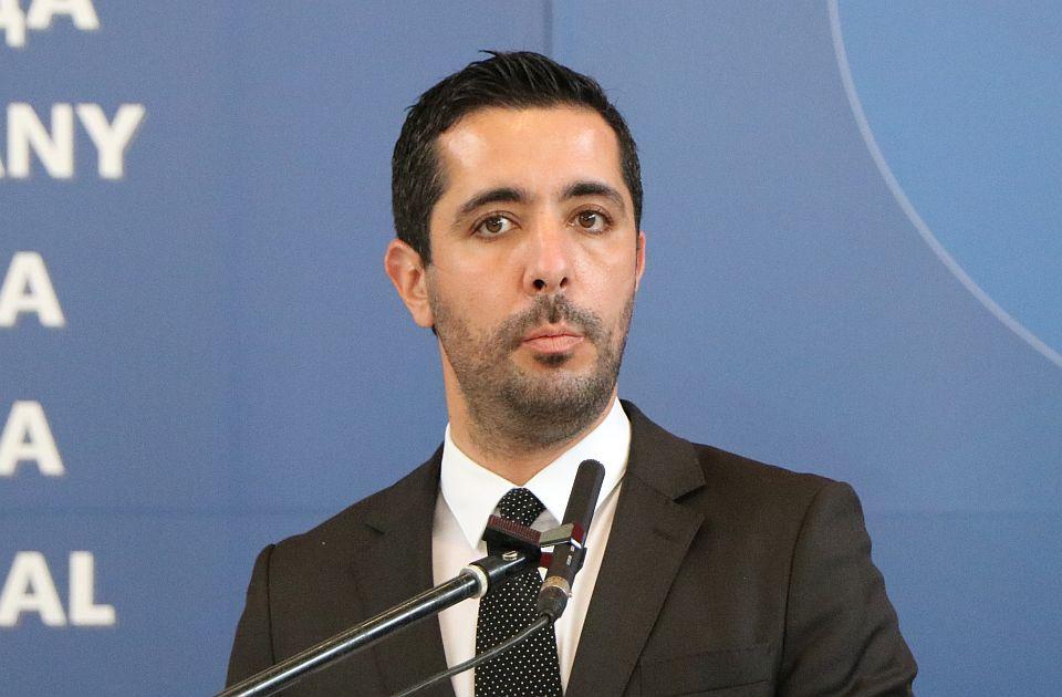 Momirović ministar osam meseci, Ivanjica ga nagradila za doprinos izgradnji infrastrukture