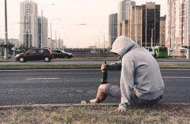 Psiholozi: Mladi su emotivno ispražnjeni pa se zato odaju alkoholu