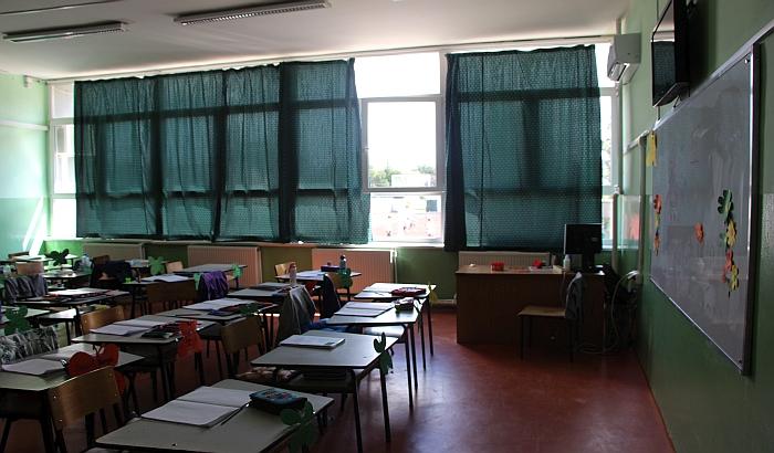 Sremska Mitrovica: Štrajk upozorenja nakon što je učenik napao direktora škole