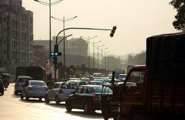 VIDEO: Novi sistem kažnjavanja nestrpljivih vozača - semafor resetuje odbrojavanje do zelenog svetla