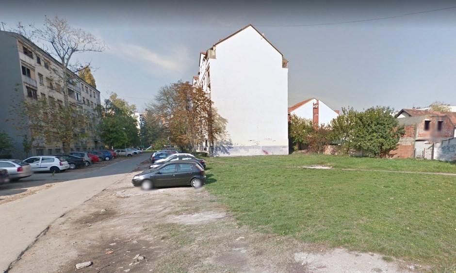 Prodaje se parcela na Detelinari gde je bomba 1999. godine oštetila zgradu