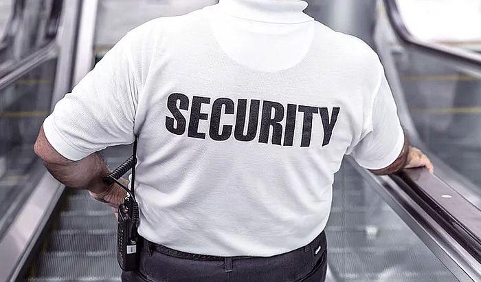Privatno obezbeđenje koje čuva policiju državu košta više nego policajci
