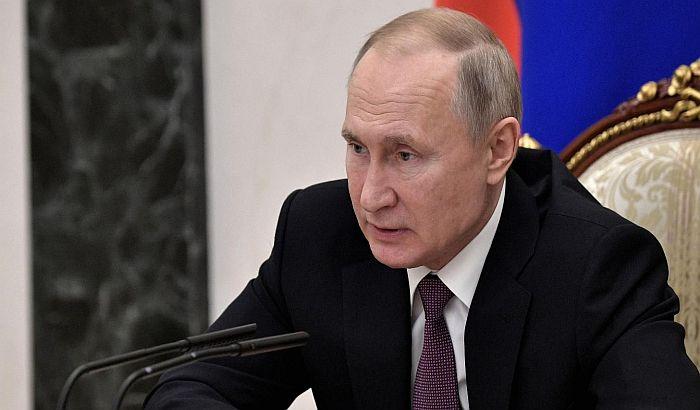 Za Putina je brak jedino moguć između muškarca i žene