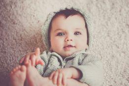 Za jedan dan u Novom Sadu rođene 24 bebe, među njima i blizanci