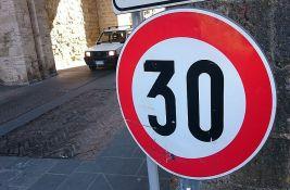 Polovina vozača ne poštuje ograničenje brzine