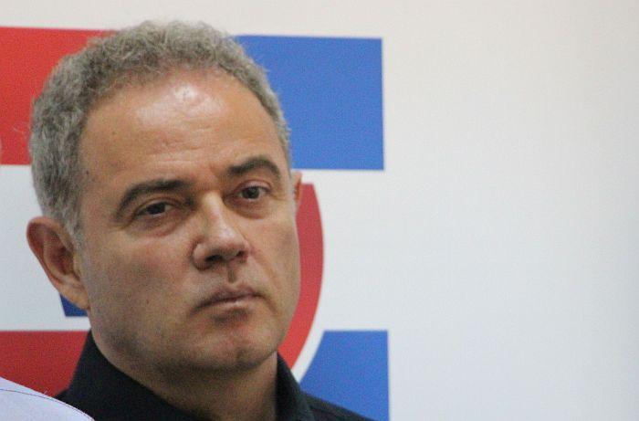 Lutovac: Falsifikovan pečat Demokratske stranke na izborima