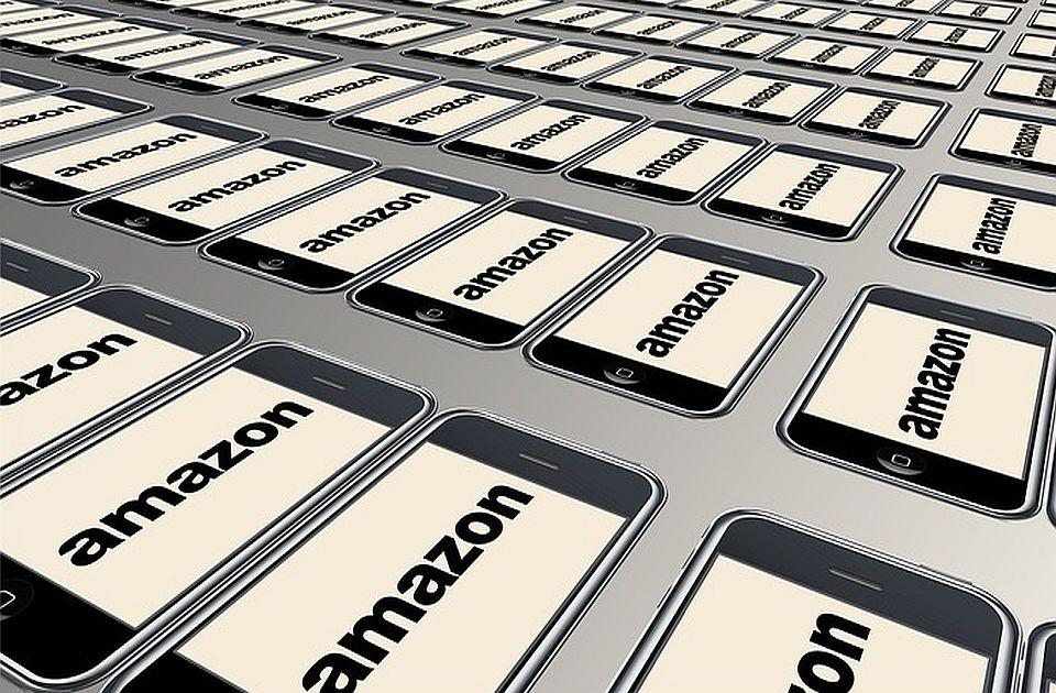 Peticijama traže da se Džefu Bezosu ne dozvoli povratak na Zemlju
