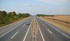 U trećem kvartalu u Srbiju ušlo 0,7 odsto manje vozila
