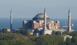 Papa Franja: Pogođen sam odlukom o pretvaranju Aja Sofije u džamiju